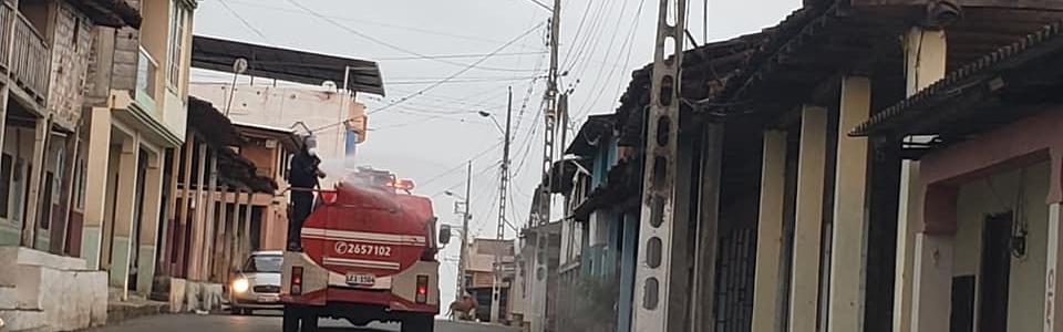 LIMPIEZA DE CALLES Y VEREDAS EN NUESTRA PARROQUIA.